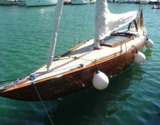 6 MR Yacht